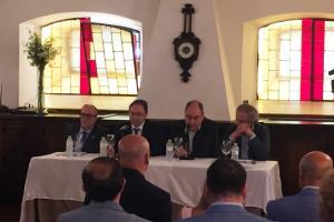 Un grupo de empresarios y directivos palentinos promueve una plataforma para dinamizar la provincia
